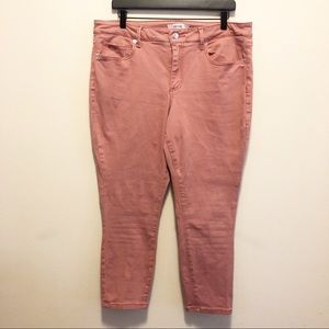 JustFab Skinny Fit Crop Jeans in Faded Rose Sze 34